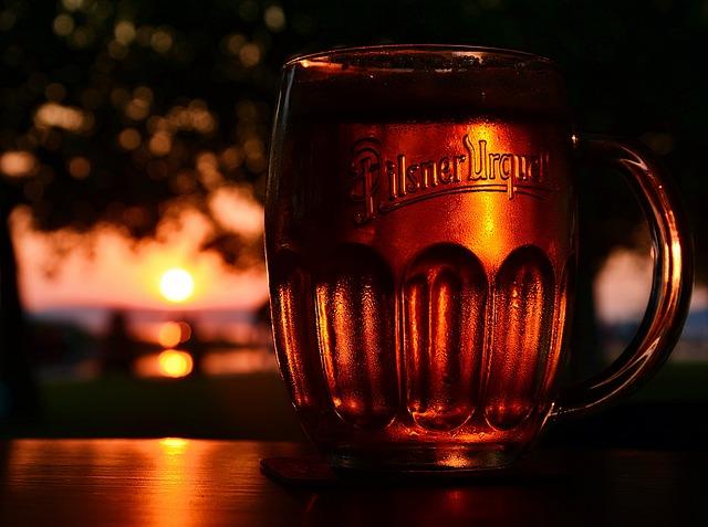お酒は自由なスタイルで飲むからこそ楽しいし美味しく飲めるものなんです