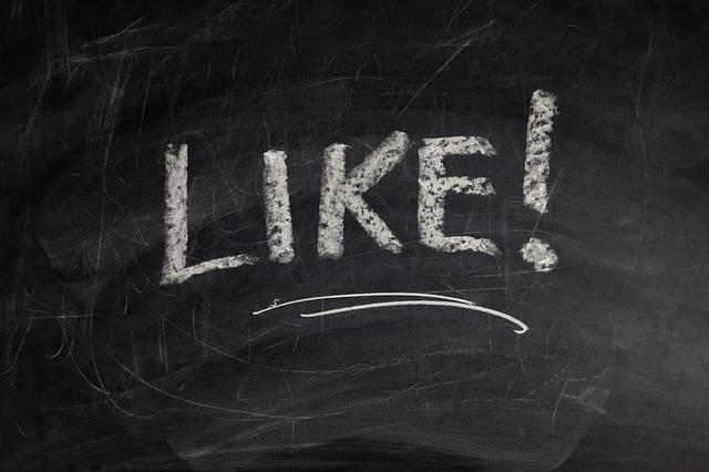 Facebookに追加されたボタンを使う場面をネガティブに想像してみた